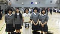 P1030084高校生の応援生徒と.JPG